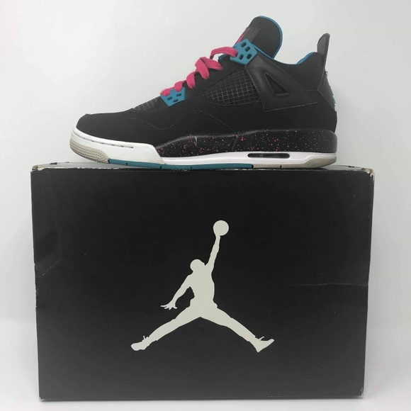 abf3e02e7136 Jordan Shoes - Girl Air Jordan IV Retro